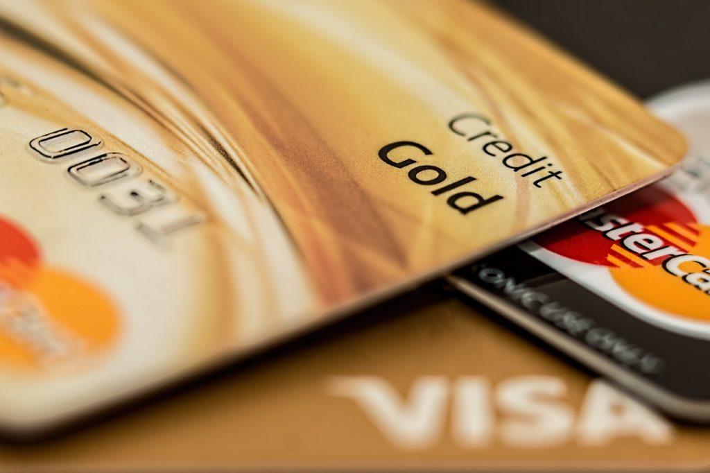 Visa Premier ou MasterCard Gold, pourquoi choisir ce type de cartes ?