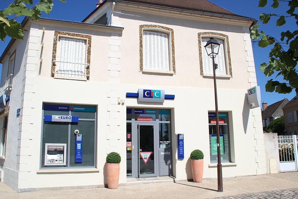 Les banques en ligne avec dépôt de chèque en agence