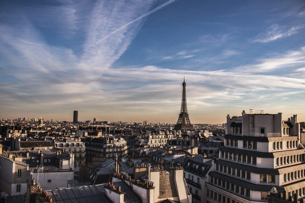 Immobilier : à Paris le prix moyen au mètre carré dépasse les 10 000 euros
