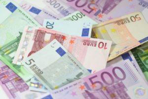Combien y a-t-il d'euros en circulation ?