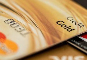 Quelle banque en ligne propose la Mastercard Gold ?